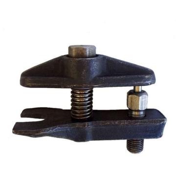 Съемник рулевых тяг и шаровых опор универсальный  (с пружиной)