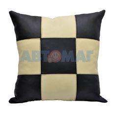 Подушка под спину шахматы черно-бежевая